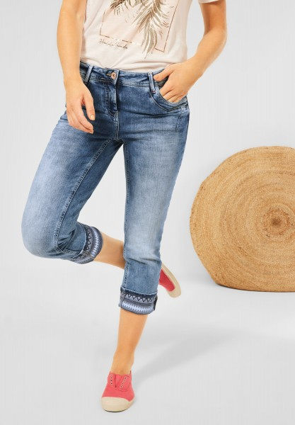 CECIL - Loose Fit Hose in 7/8 in Authentic Mid Blue Wash
