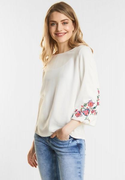 Street One - Feminines Flower Shirt in Off White