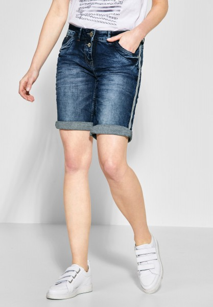 CECIL - Scarlett Shorts mit Galon in Mid Blue Used Wash