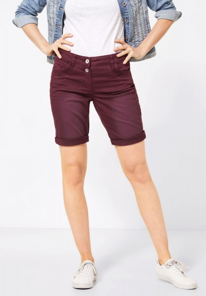 CECIL - Loose Fit Shorts in Jostaberry Red